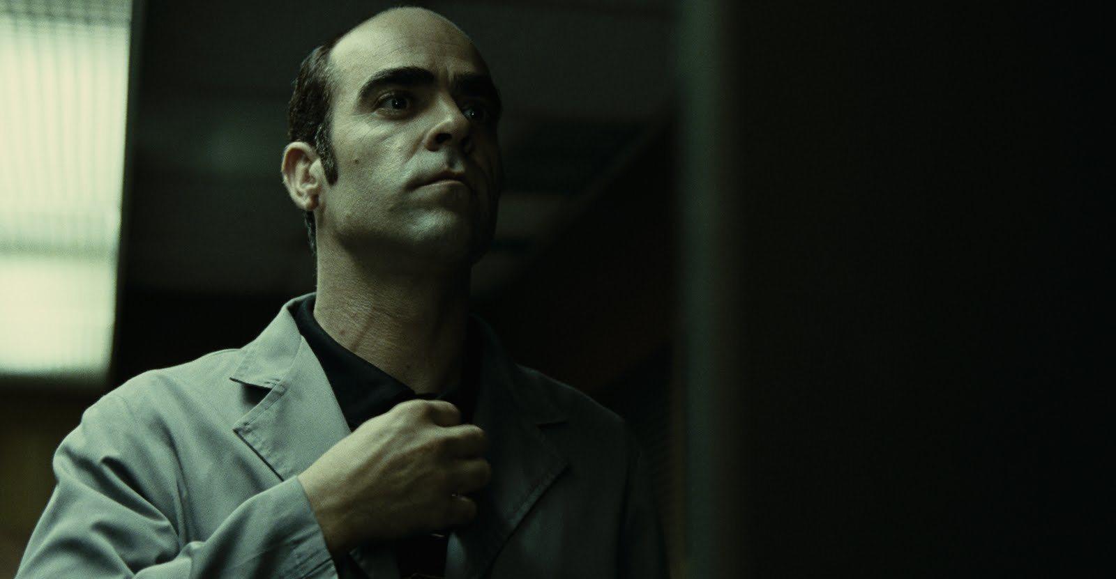 """Luis Tosar es el portero de tus pesadillas en """"Mientras Duermes"""""""