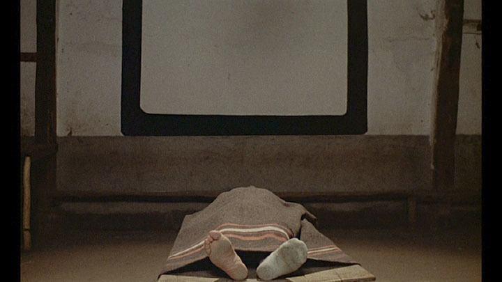 La muerte ante la pantalla: cine y morgue improvisada