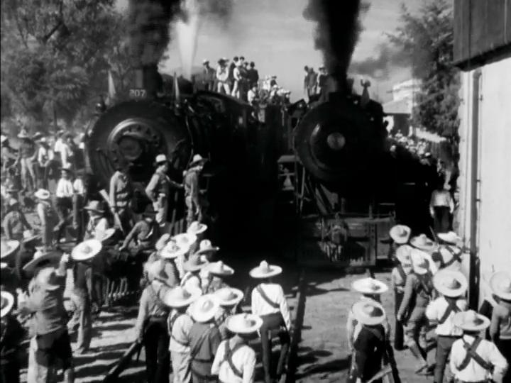 """El tren de la revolución llega al pueblo: """"¡Vámonos con Pancho Villa!"""""""