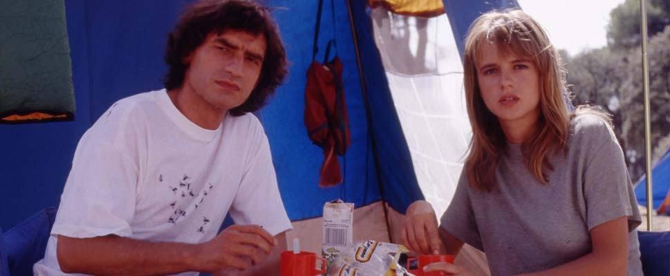 """Nancho Novo y Emma Suárez, llevando la guerra de los sexos a """"La Ardilla Roja""""."""