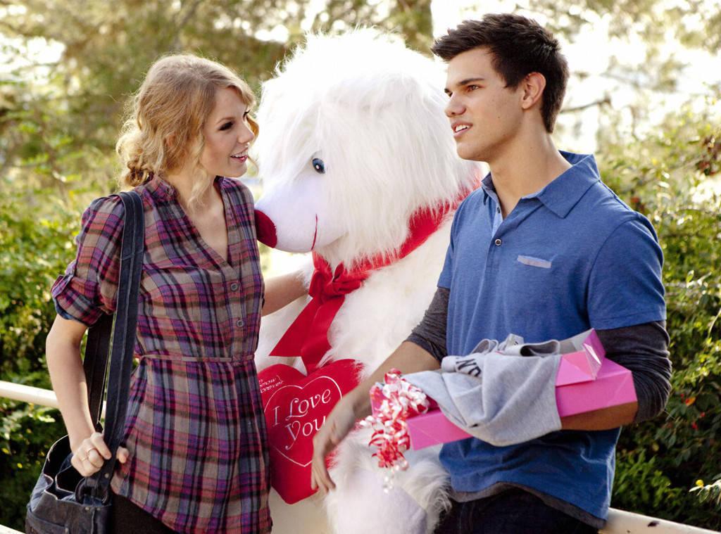 rs_1024x759-160210154021-1024-Taylor-Swift-Taylor-Lautner-Valentines-Day.jm.21016
